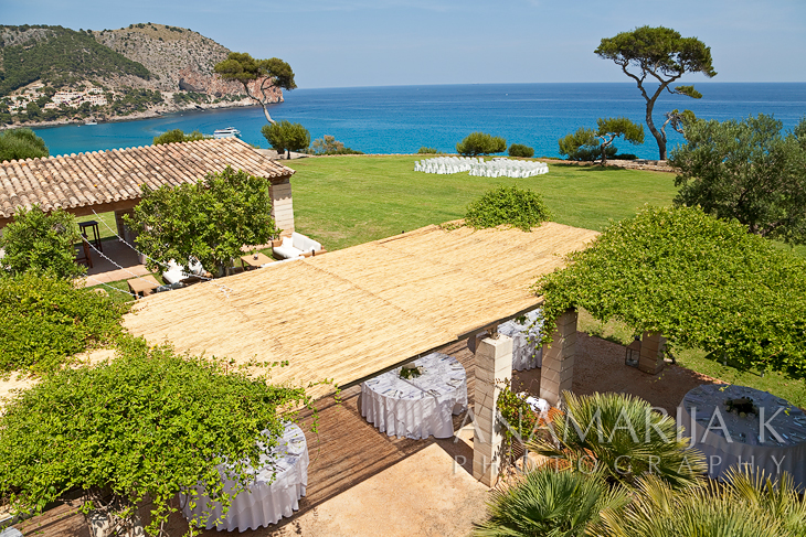 una vista impresionante desde la terraza de la habitación de la novia