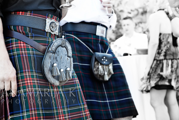 más faldas escocesas...